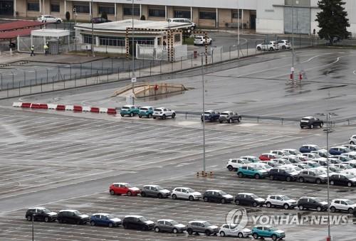 코로나19 확산에 유럽 자동차기업들 줄줄이 공장폐쇄(종합)