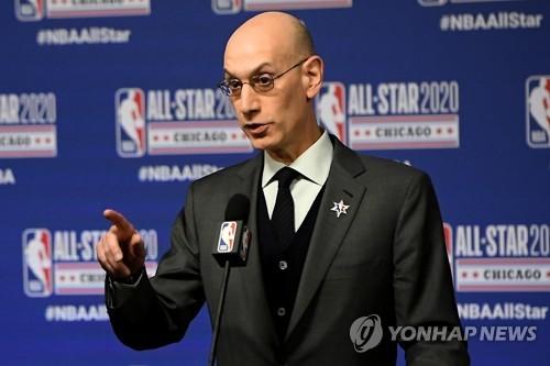 """실버 NBA 커미셔너 """"리그 중단 기간은 최소 30일"""""""