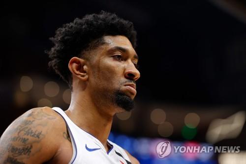 "NBA 크리스천 우드, 코로나19 완치….""싸움 이겨냈다"""