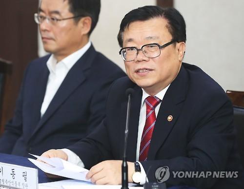 """뜨거운 강원감자 설전…""""시장 왜곡"""" vs """"농민 애로 해결""""(종합)"""