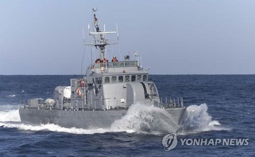 해군 고속정 수류탄 투척 훈련 중 선내서 폭발…6명 중경상