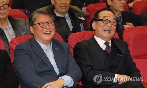 우리공화당 비례대표 명단 발표…'친박 맏형' 서청원 2번