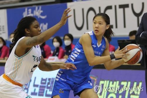 강이슬, 훈련 캠프 계약…WNBA 한국 선수 3명 진출 가능성 ↑
