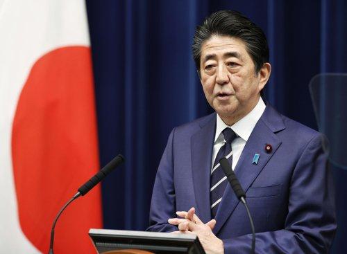 """일본 언론, 부실한 코로나19 검사 비판…""""한국의 10분의 1"""""""