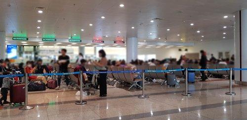베트남 번돈·껀터공항으로 입국하는 한국민 전원 2주 격리