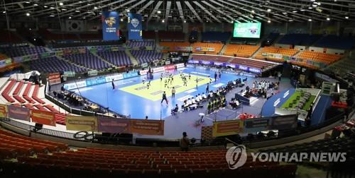 프로배구 남녀 13개 구단, KOVO에 '리그 중단' 요청