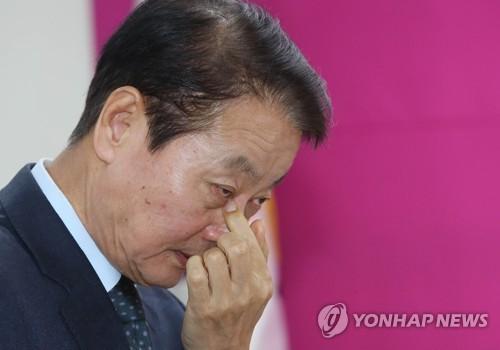 """한선교 """"비례대표 공천명단, 공관위에 재의 요청하겠다""""(종합)"""
