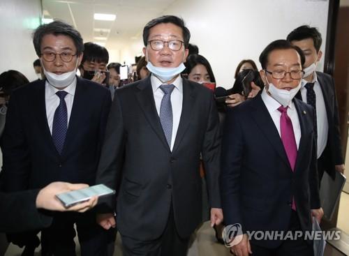 초고속 처리된 '코로나19 추경'…TK지원·감염병 대응 대폭 증액