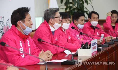통합·미래한국당, '공천파동' 뒤로 하고 '따로 또 같이' 선거전