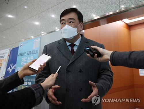 """일본, 한국인 등 입국금지 임박한 듯…외교부 """"그런 방향 추측"""""""