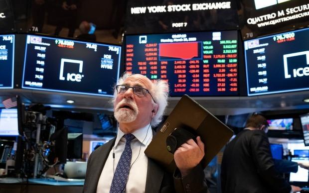 뉴욕증시가 미국 중앙은행(Fed)의 유동성 공급 확대에도 하락 마감했다. 사진=AP