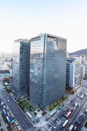 신한카드, '을지로 알짜 빌딩' 파인애비뉴 인수한다