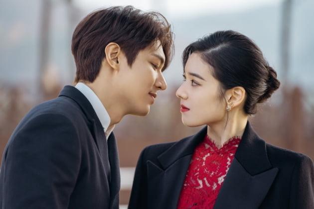더 킹 이민호·정은채 밀담 무슨 대화길래 | 한경닷컴
