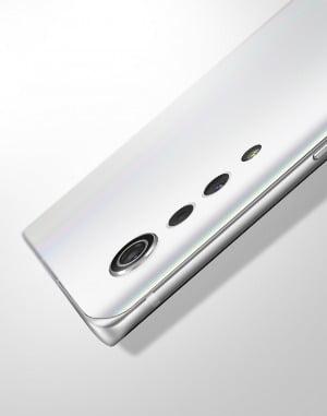 19일 영상을 통해 디자인을 공개한 'LG 벨벳'의 물방울 카메라. / 사진=LG전자 제공