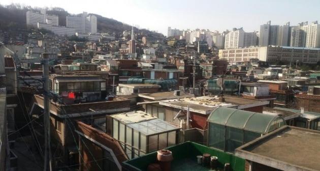 조합장 해임총회를 준비하고 있는 서울 흑석뉴타운9구역 일대. 한경DB