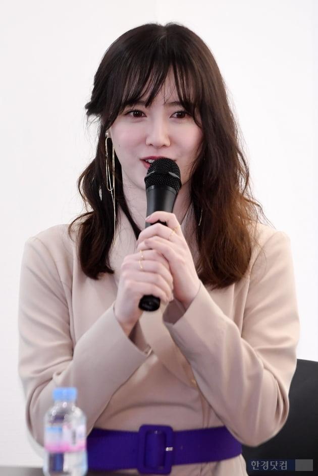 출근길도 화보처럼…흥선대원군픽 장원영·강혜원·안유진