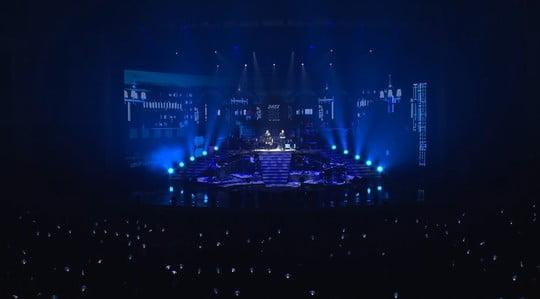 AKMU 콘서트 실황 공개…치유와 위로의 음악