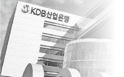 """""""깎인 임금 달라""""…시한폭탄 된 임금피크제"""