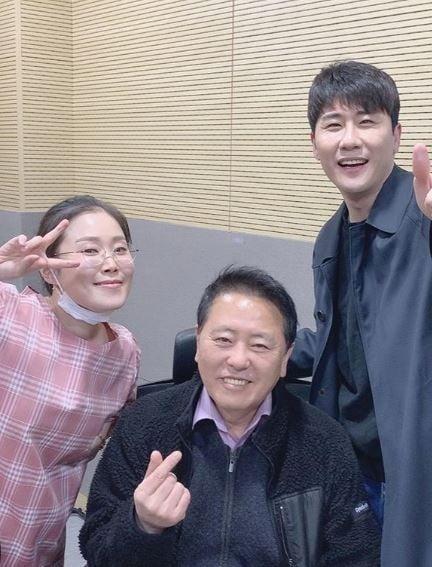 방송인 박슬기(왼쪽부터), 최일구, 트로트 가수 영탁. /사진제공=TBS