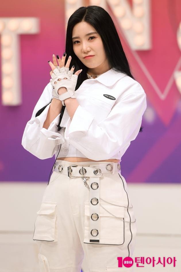 [TEN 포토] 시그니처 예아, '포인트 안무 기억하세요~'