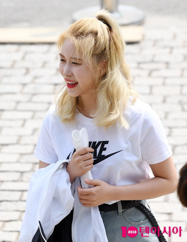 [TEN 포토] 우주소녀 다영 '팬들과의 만남은 즐거워~'