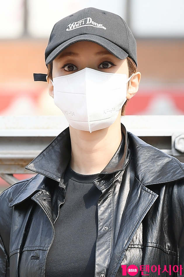 [TEN 포토] 고준희 '미모는 가릴수 없어'