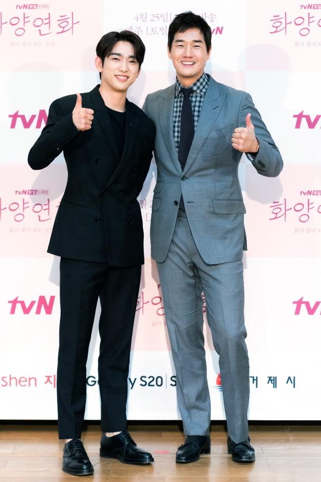 [TEN 포토] '화양연화' 박진영X유지태, '신흥 미남과 원조 미남'