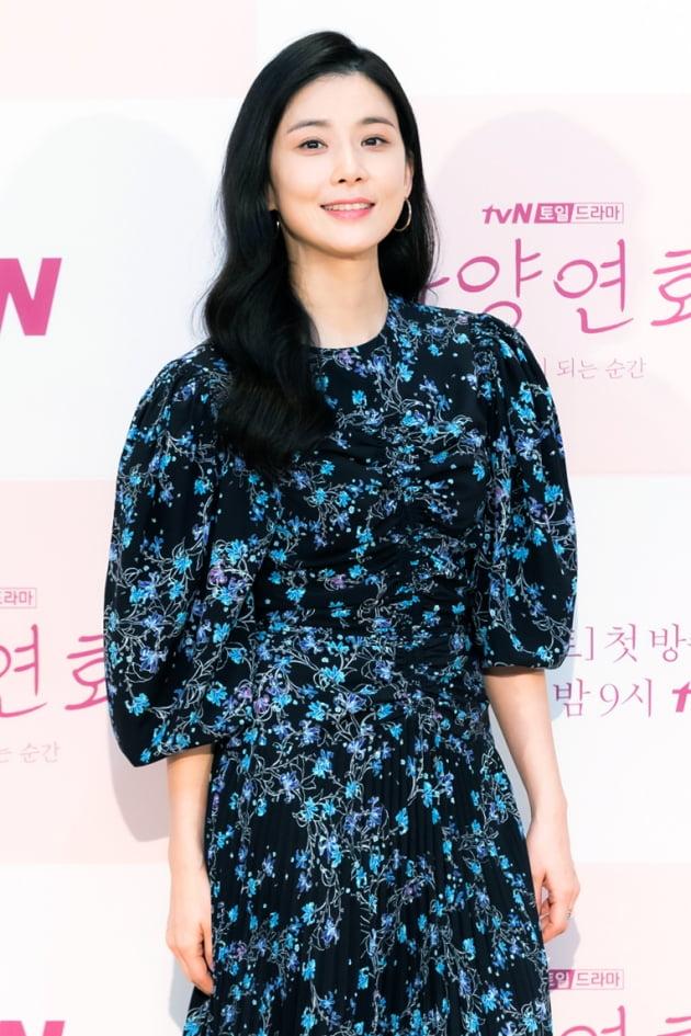 [TEN 포토] '화양연화' 이보영, '영원할 것 같은 아름다움'