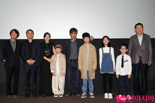 [TEN 포토] 영화 '저 산 너머'의 주역들