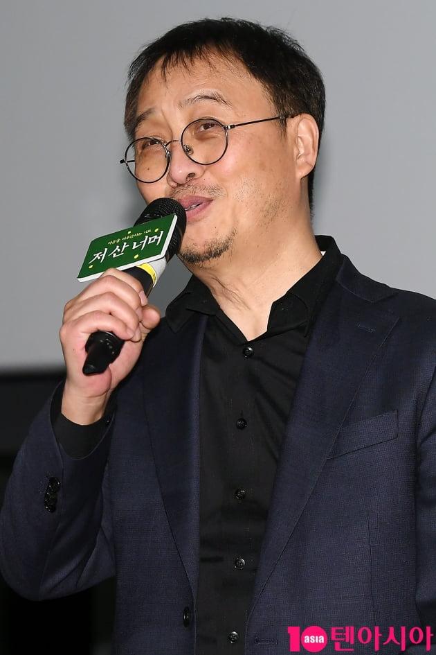 [TEN 포토] 영화 '저 산 너머'의 최종태 감독