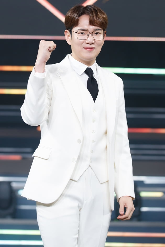 [TEN 포토] '로드 투 킹덤' 장성규, '눈은 웃지 않지'