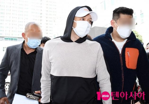 [TV텐] 감치재판 출석하는 박유천