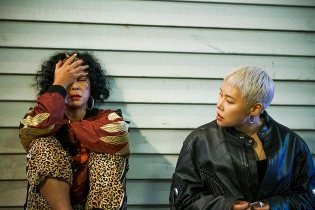 '초미의 관심사' 조민수-김은영/ 사진제공=레진스튜디오/트리플픽쳐스