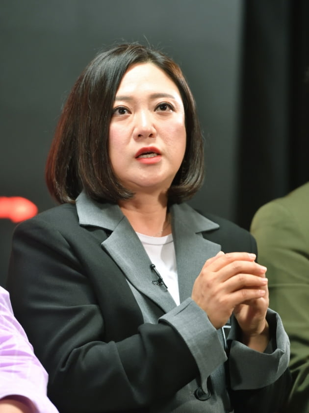 [TEN 포토] 질의응답 갖는 '악인전' 김숙