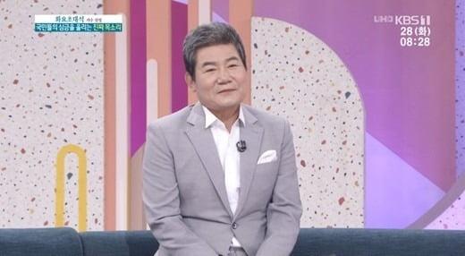 사진= SBS '아침마당'에 출연한 가수 진성.