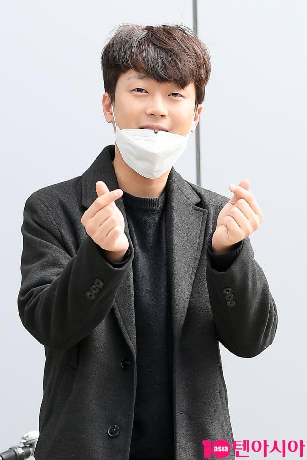 [TEN 포토] 미스터트롯 이찬원 '설레게 만들어'