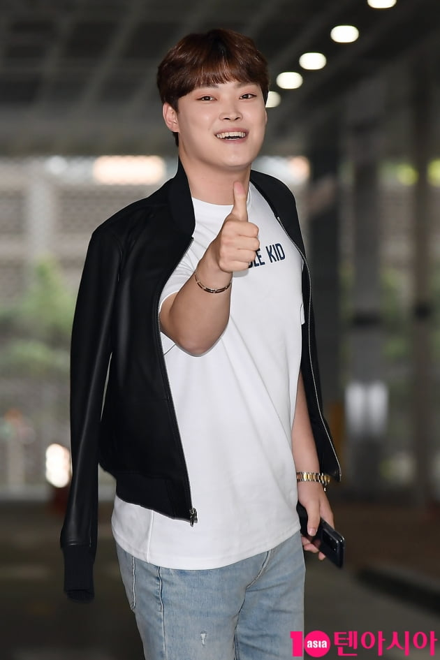 [TEN 포토] 김경민 '미스터T 따봉~'