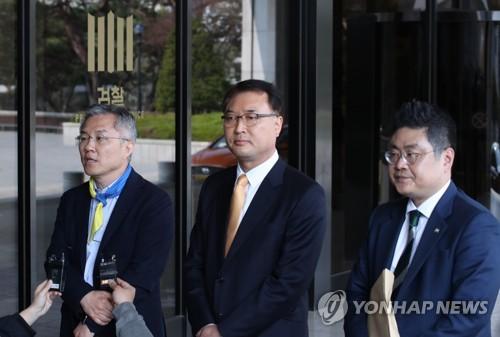 여야 '전국민 재난지원금 지급' 경쟁 가열…막말·조국 난타전(종합)