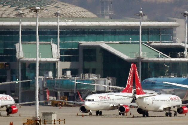 코로나 덮친 항공·호텔 일자리, 뿌리째 흔들린다