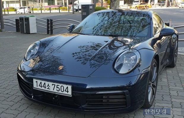 포르쉐의 대표 스포츠카 911의 신형 모델(코드명 992). 사진=오세성 한경닷컴 기자
