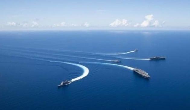 미 7함대의 남중국해 '항행의 자유' 작전 [미 7함대 홈페이지 캡처]