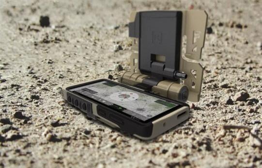 갤럭시S20 TE는 미국 연방정부와 국방부 요청으로 만든 제품으로 작전용 소프트웨어와 보안 시스템을 갖췄다. [사진=삼성전자]