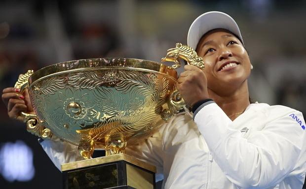 차이나오픈 테니스에서 우승한 오사카. /사진=EPA 연합뉴스