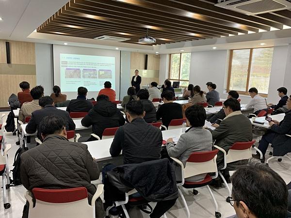 강원랜드, 최대 30억원 규모로 유니콘 기업 키운다…'넥스트 유니콘 프로젝트' 최종 3개팀 20일 발표