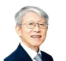 """최기영 장관 """"AI 기본인 수학교육 혁신"""""""