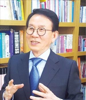 민병철 선플재단 이사장