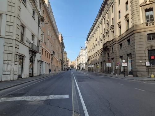 '코로나19 봉쇄 여파' 이탈리아 3월 산업생산지수 30% 급감