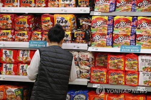 '코로나19' 글로벌 사재기에 식품업계 '어닝서프라이즈'