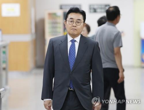 """'뇌물혐의' 전병헌 2심서 """"저는 무리한 검찰 수사 희생자""""(종합)"""