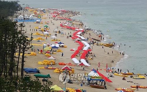 코로나19 속 전국 해수욕장 7월 초 줄줄이 개장…'방역에 성패'